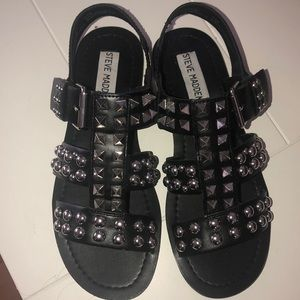 Size 5.5 Steve Madden sandals. Never worn no tags
